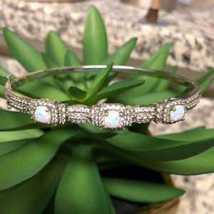 Jewelry - Vintage Opal and Crystal Bangle Clasp Bracelet
